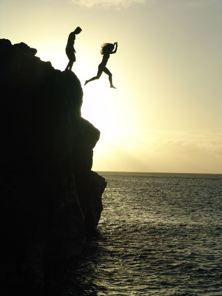 13 Cliff-Jumpers