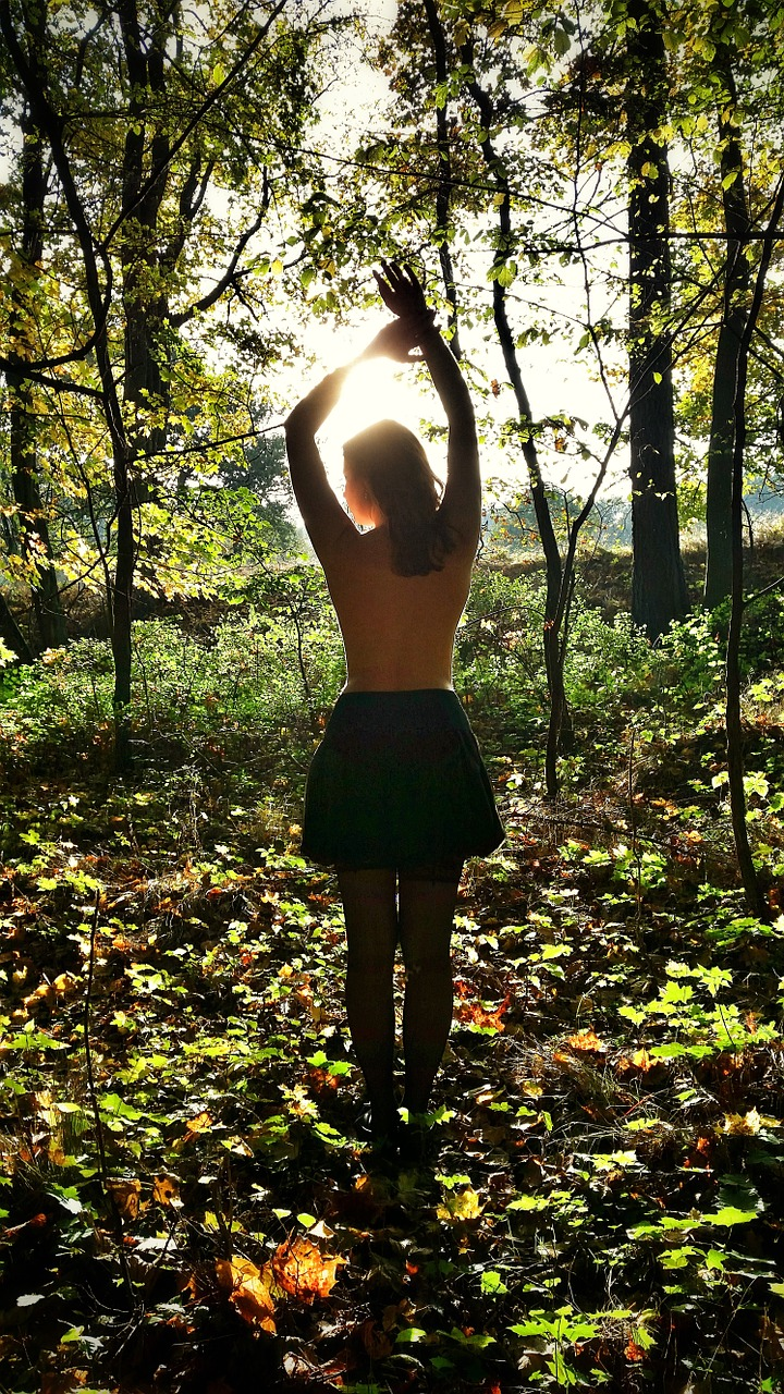 5 Summer Essentials for Every Girl - The Journey Junkie
